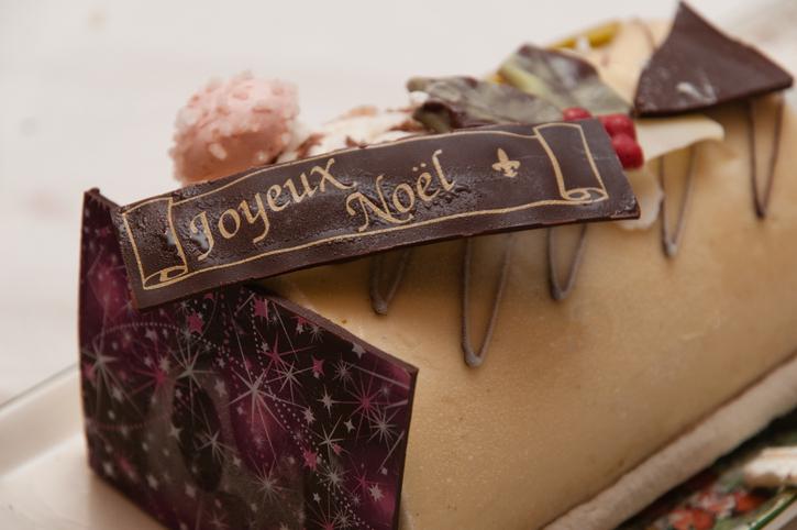 La Buche De Noel - A French Christmas Cake